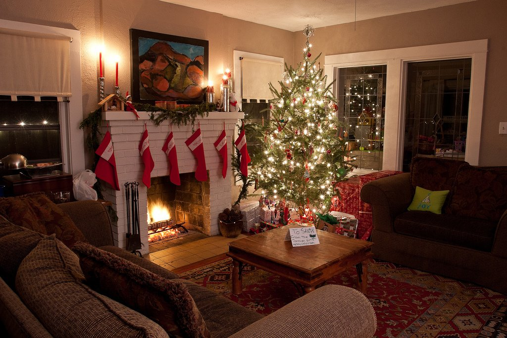 Festively decorated living room with nice interior painting